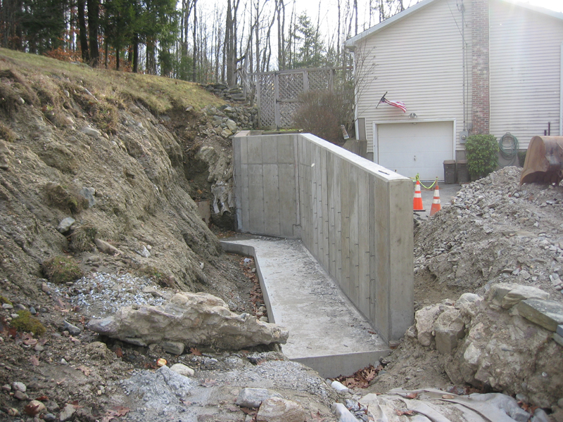 Concrete Footings For Retaining Wall
